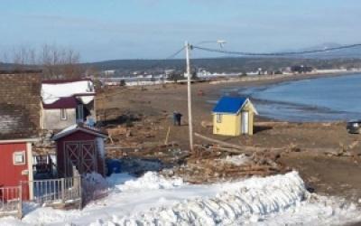 Inondations et grandes marées : La Ville de Gaspé appelle à la prudence et confirme  qu'un décret gouvernemental est en préparation pour les sinistrés