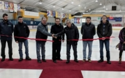 INAUGURATION DES TRAVAUX À L'ARÉNA DE RIVIÈRE-AU-RENARD :  2,5 M$ investis depuis 10 ans pour la modernisation de  l'aréna Rosaire-Tremblay de Rivière-au-Renard