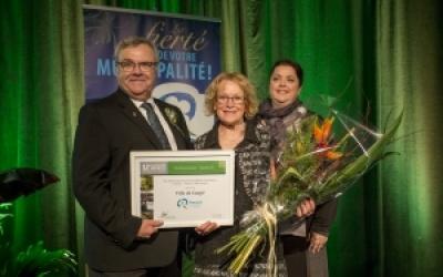 Fleurons du Québec : La Ville de Gaspé obtient 4 fleurons et se mérite un prix national!